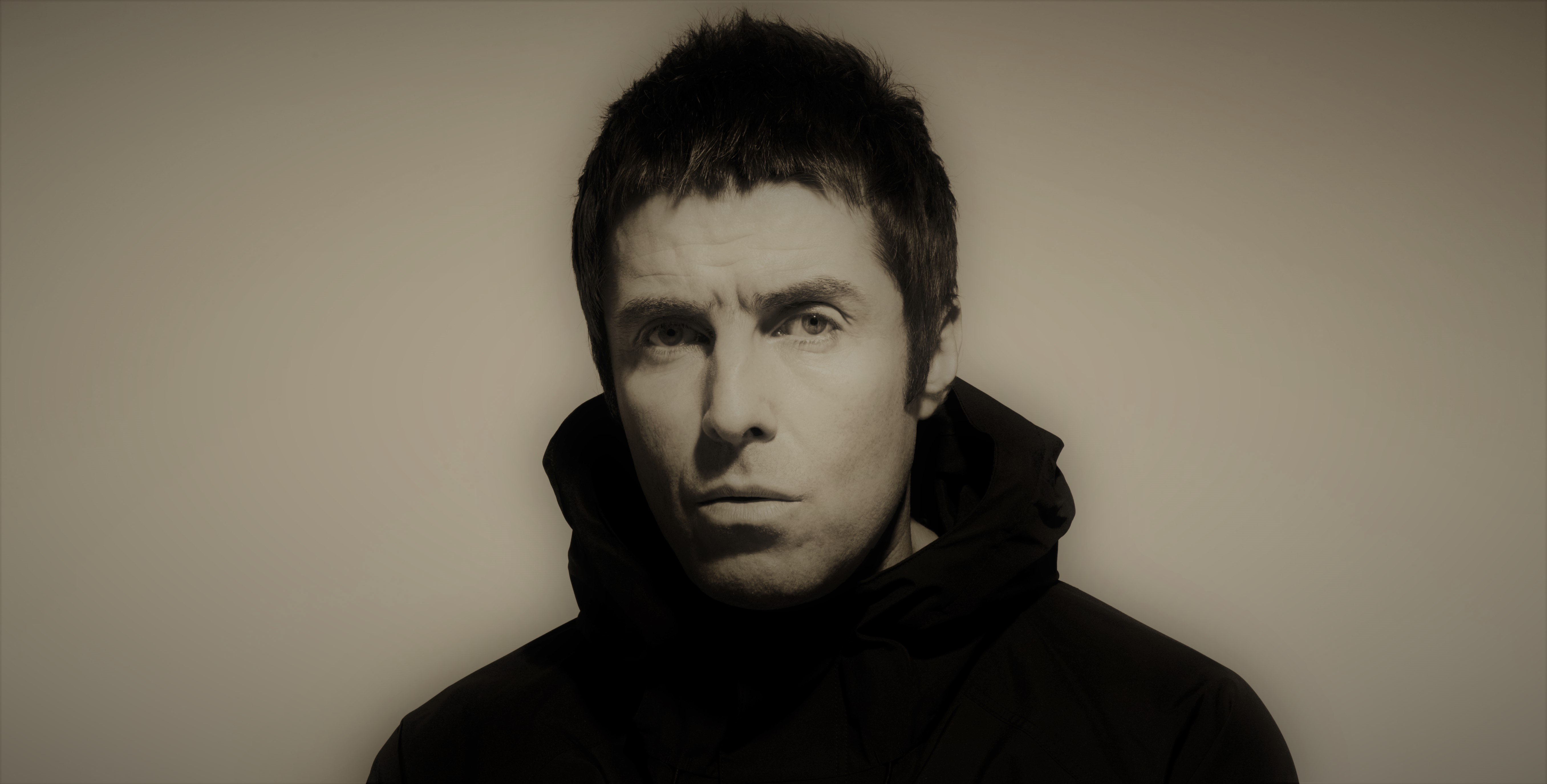 "Liam Gallagher lanza su primer single como Solista ""Wall of Glass"""