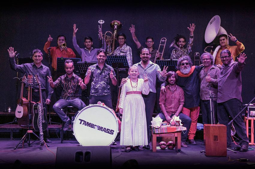 Teatro NESCAFÉ de las Artes presenta Tambobrass Acústica