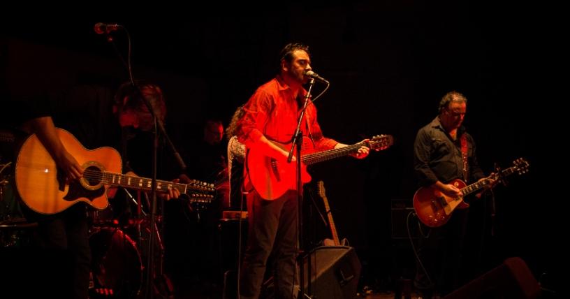 Ivan Borcoski + Nadie Es Tan Normal se presenta en vivo en tres países