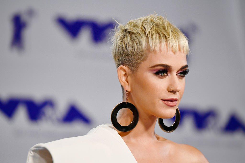 """La humildad de Katy Perry: """"Usted no puede estar en la cima siempre"""""""