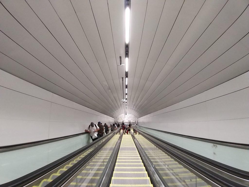 Escalera mecánica de combinación L3-L5 Estación Plaza de Armas