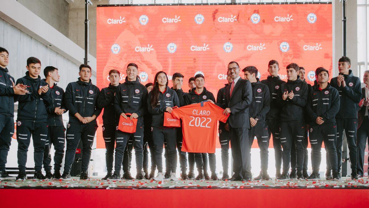 Claro es el nuevo auspiciador de la Roja hasta el Mundial de Qatar 2022