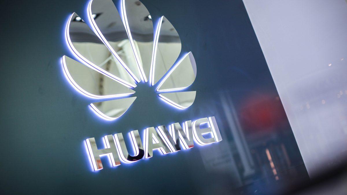 Entrevista con Ren Zhengfei, CEO de Huawei, con medios de comunicación de China