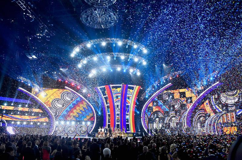 El talento nacional se luce: Mon Laferte, Cami y Alex Andwanter son nominados a los Latin Grammys 2019