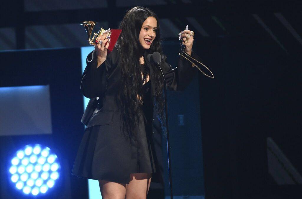 """""""El Mal Querer"""" de Rosalía gana """"Álbum del Año"""" y además fue la gran triunfadora de los Latin Grammy Awards 2019"""