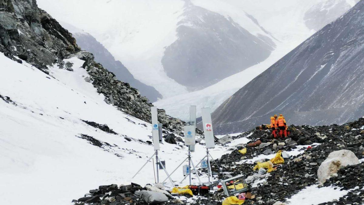 Huawei y China Mobile llevan conectividad 5G al Everest