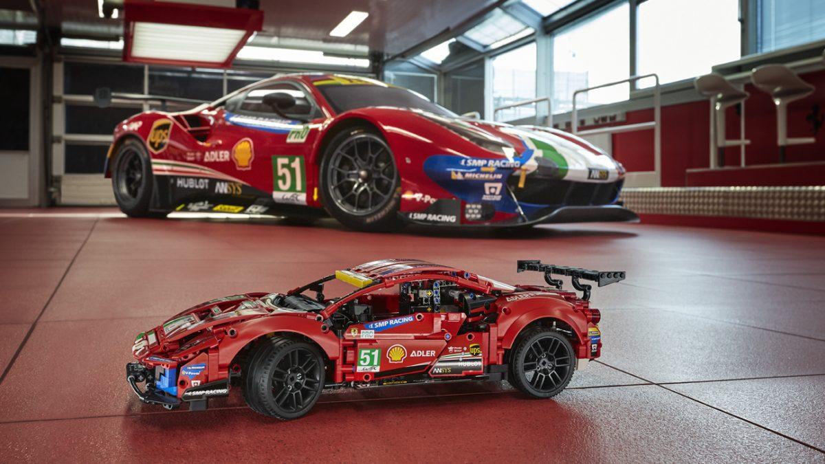 LEGO technic Ferrari 448 AF Corse: Acelera lleno de adrenalina con este nuevo armable