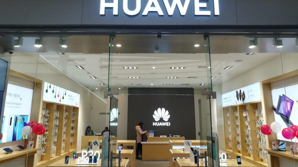 Huawei abre su séptima tienda en Chile, ubicada en el Mall Arauco Maipú