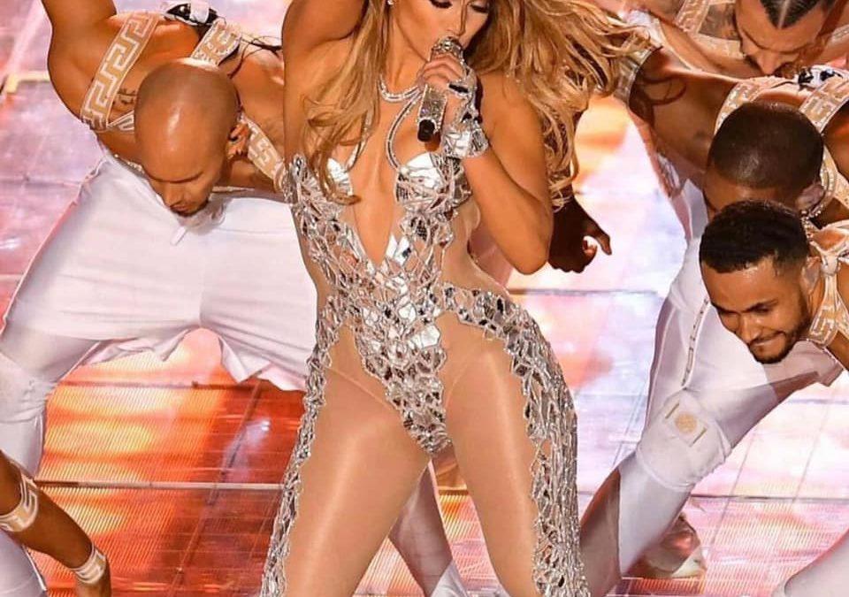 """Jennifer Lopez lanza sensual videoclip de """"In The Morning"""""""