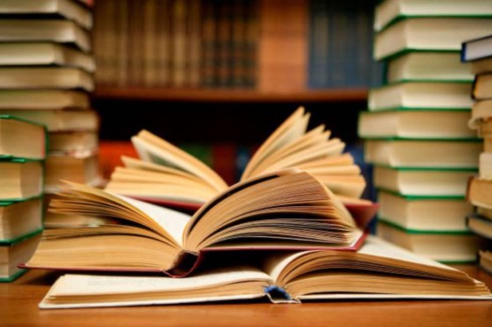 """Ciclo de Conversación """"Ecosistema del libro"""" de Santiago Cultura: 4 jornadas de conversación y reflexión con agentes del libro y la lectura"""