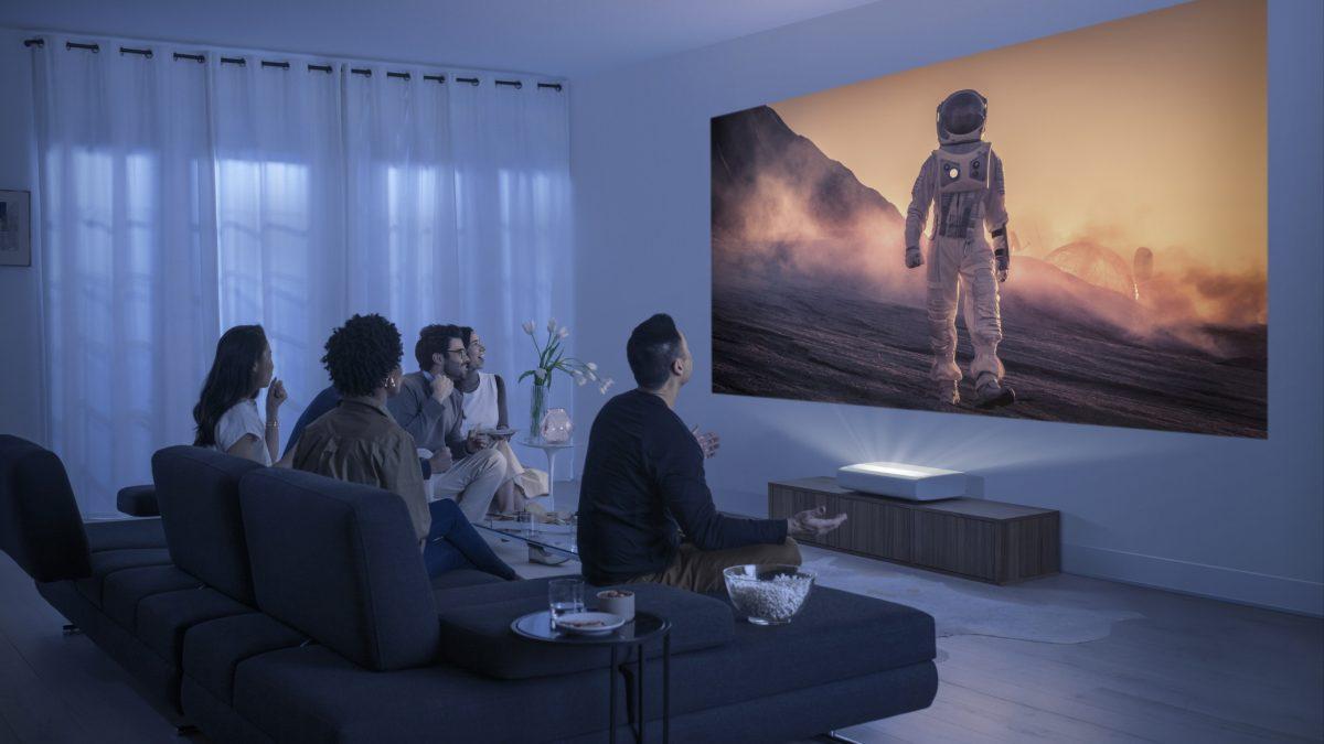 Ya está en Chile The Premiere, el proyector de Samsung que también es un Smart TV