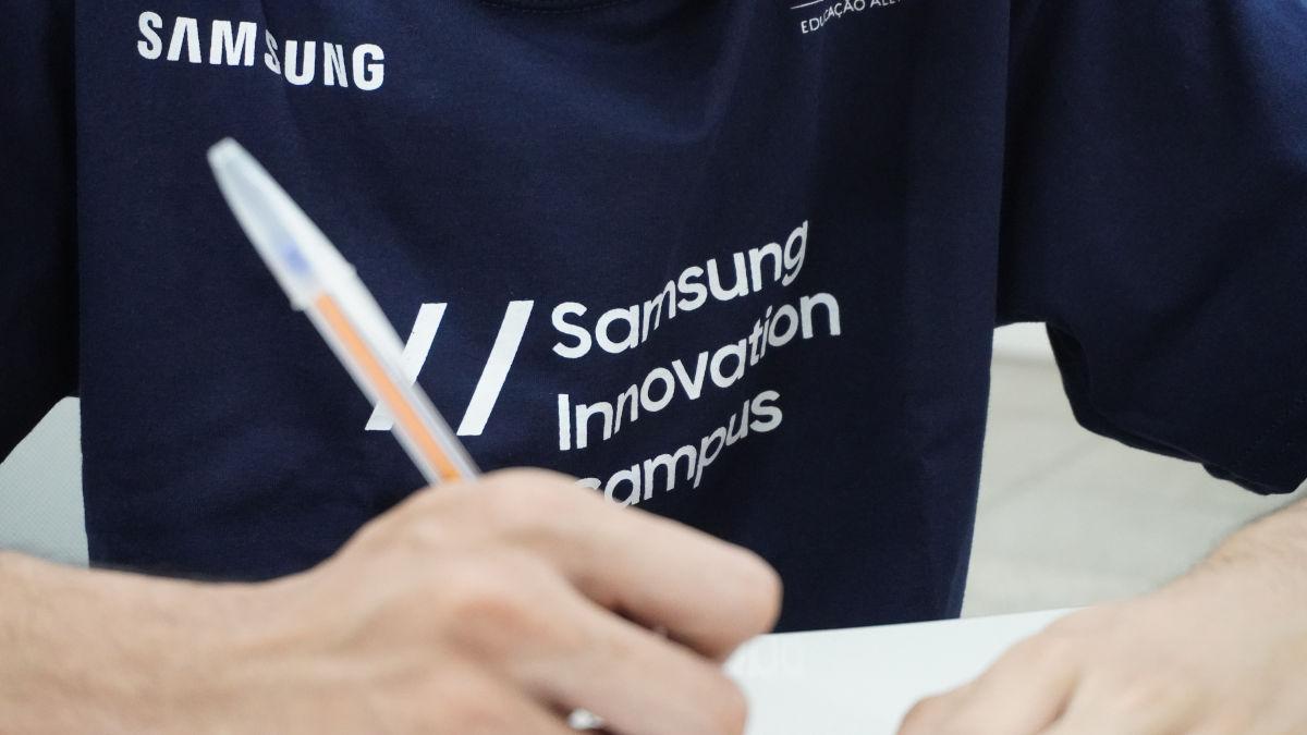 Samsung Innovation Campus (SIC) capacita a jóvenes en tecnologías del futuro junto a la ONG Innovacien